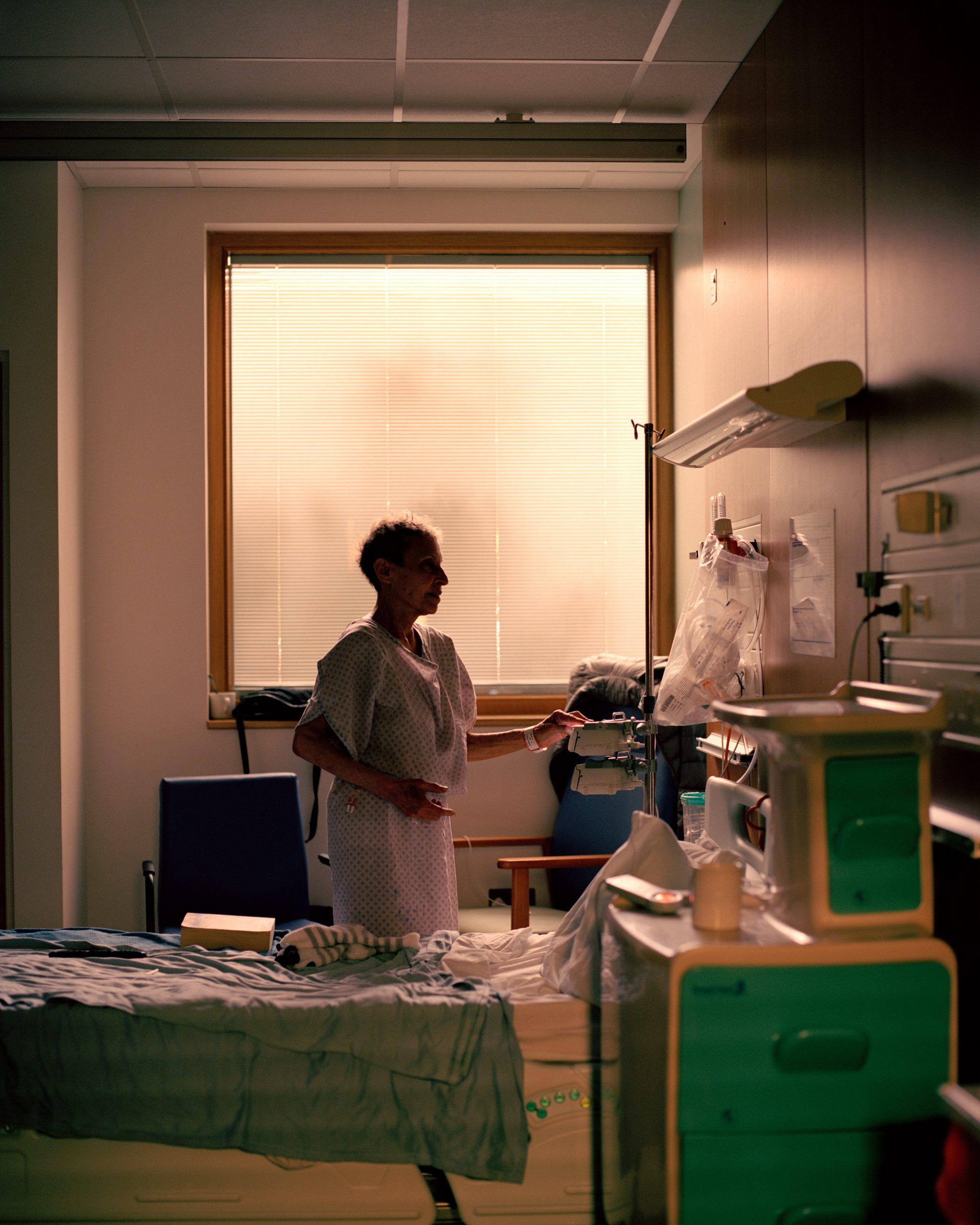 Lewis Khan, Theatre, Patient room